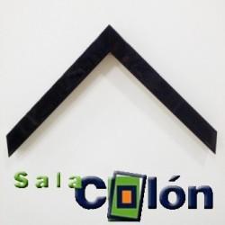 Moldura taco negro lacada 3 cms.